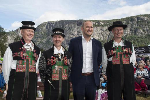 Frå venstre: Egil Åmlid, Tor Espen Helle, Jon Georg Dale, Stein Føreland Straume