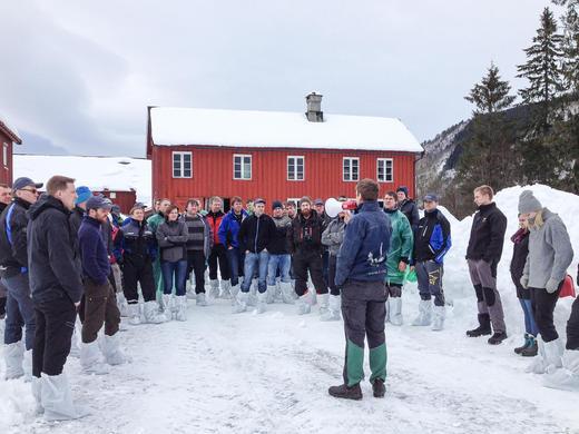 Fagtur bygg for ammeku, besøk hos Sivert Mauset i Surnadal. Foto: Mathilde Solli Eide
