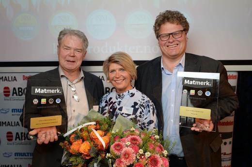Fra venstre Bjørn-Ole Juul-Hansen, adm.direktør i KLF, Nina Sundqvist adm.direktør i Matmerk, og Hans Thorn Wittussen visekonsernsjef i Nortura.