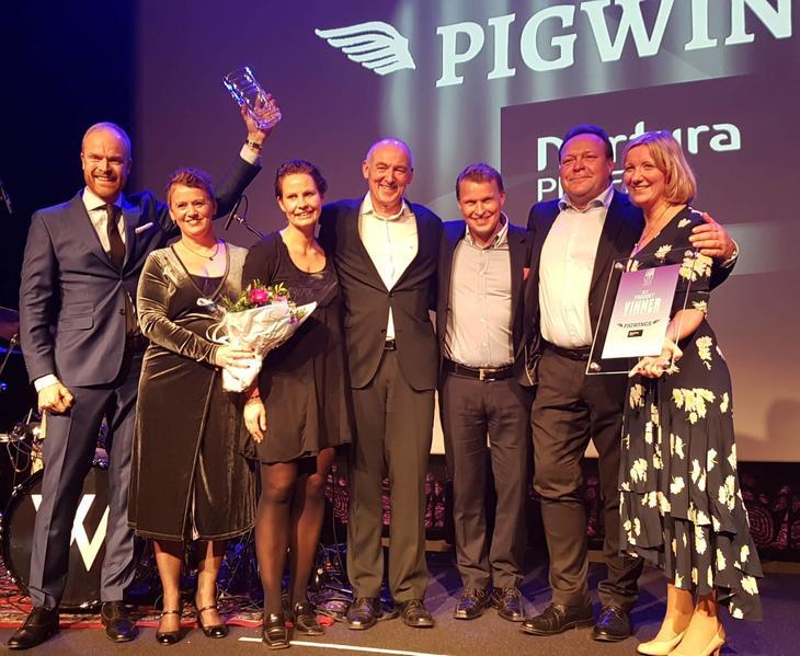 Nortura SA med seieren for årets produkt - Gilde Pigwings! Foto: ASKO Servering