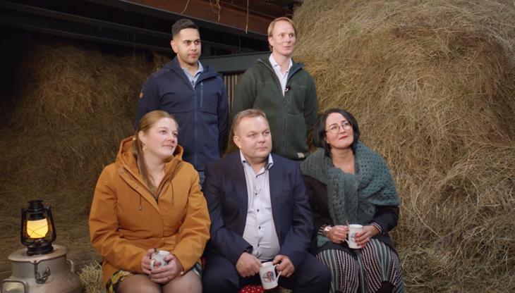 4-bønders middag med Ruben Tunestveit Kengakaran i Arna, Annette Brede på Snåsa, Belinda Braut fra Klepp, og Jan Erik Nikolaisen i Sørreisa.