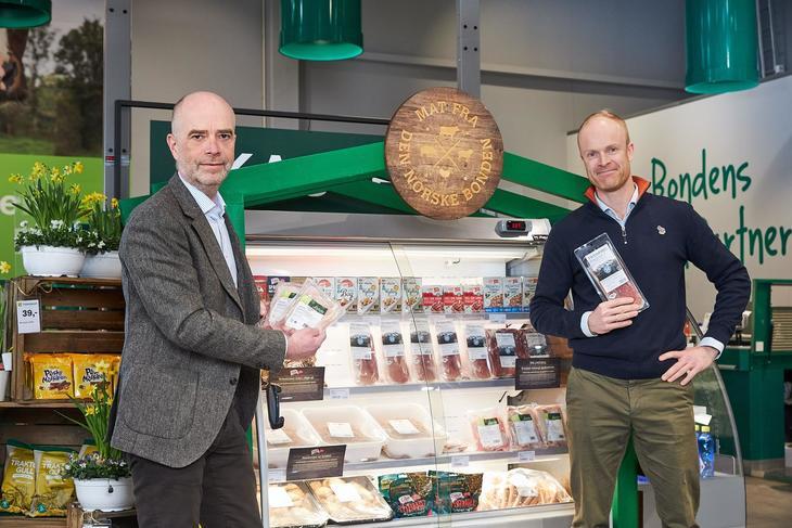 Trond Fidje fra Felleskjøpet og Petter Brinchmann fra Nortura i pilotprosjekt kvalitetsmat i bondens butikk