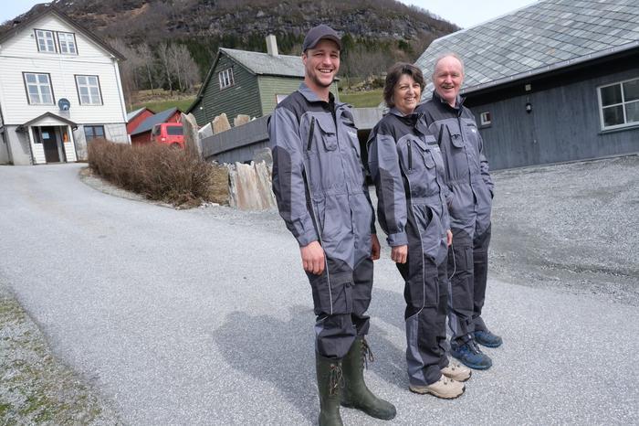 Team Hundvebakke, fra venstre Ole Jonny, Kari og Jonny.Foto: Liv Jorunn Denstadli Sagmo